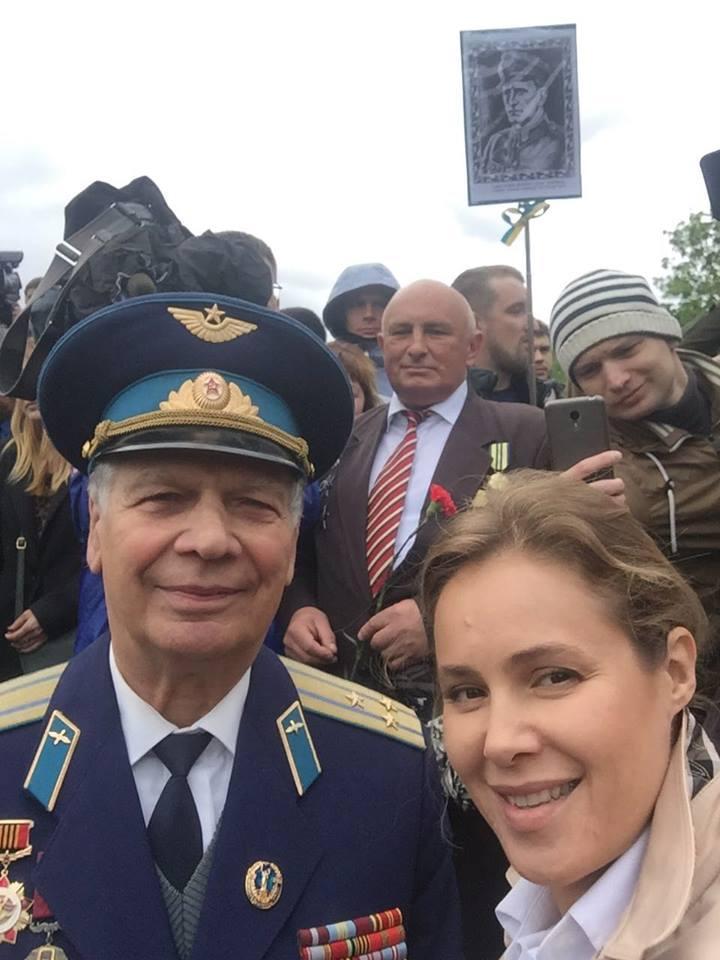 Ляшко закликав 9 травня вийти на Софійську площу з портретами загиблих воїнів АТО - Цензор.НЕТ 6954